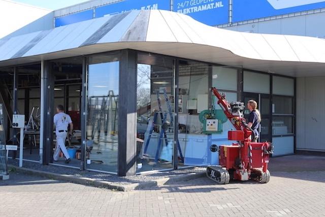 Mellink Schilders Glaszetten Elektramat Enschede