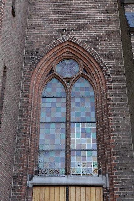 Glasherstel St. Jozefkerk Enschede glaszettersbedrijf Mellink Enschede