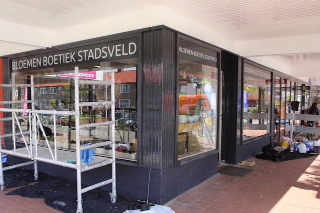 Buitenschilderwerk winkelpui Stadsveldflat Enschede
